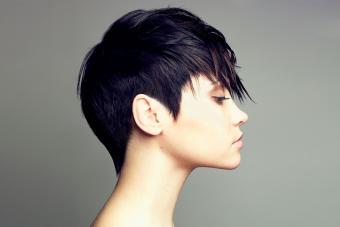 https://cf.ltkcdn.net/hair/images/slide/209546-850x567-Short-hair-profile.jpg