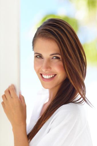 https://cf.ltkcdn.net/hair/images/slide/211925-513x768-Fresh-summer-face.jpg