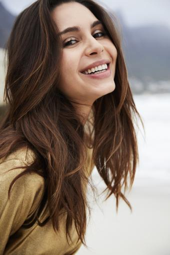 https://cf.ltkcdn.net/hair/images/slide/211930-513x768-Beautiful-brunette-woman.jpg