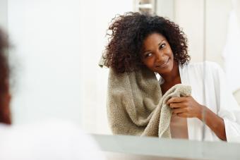How To Do a Hot Oil Treatment on Black Hair