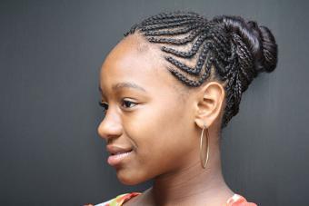 https://cf.ltkcdn.net/hair/images/slide/217170-704x469-Traditional-Cornrows.jpg