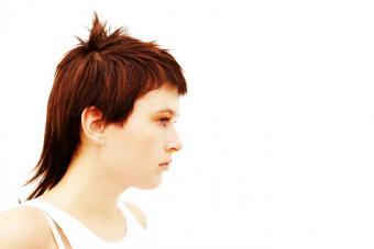 https://cf.ltkcdn.net/hair/images/slide/219607-703x469-Mullet-haircut.jpg