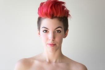 https://cf.ltkcdn.net/hair/images/slide/219621-704x469-contrasting-hair-lengths.jpg