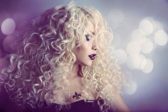 https://cf.ltkcdn.net/hair/images/slide/221986-704x469-Permed-Hair-Style.jpg