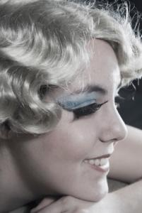 Image of a blonde woman with vintage hairstyle