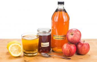 Apple cider vinegar with honey and lemon