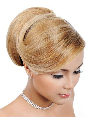 Hairstyles for a Formal Dance