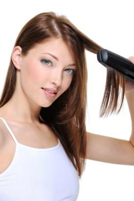Cute Hairstyles That Are Easy to Do with a Straightener