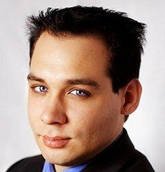 https://cf.ltkcdn.net/hair/images/slide/3144-240x250-careermen5.jpg
