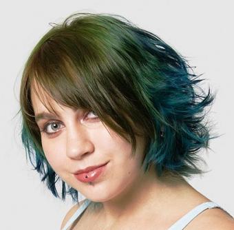https://cf.ltkcdn.net/hair/images/slide/3706-407x400-blue3.jpg