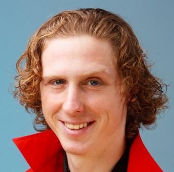 https://cf.ltkcdn.net/hair/images/slide/3772-404x400-redman15.jpg