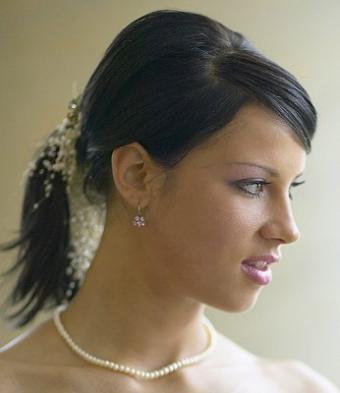 https://cf.ltkcdn.net/hair/images/slide/3791-346x400-weddingdo11.jpg