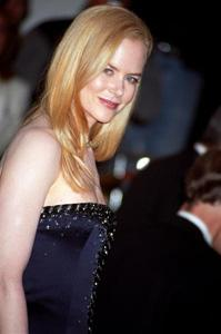 Nicole Kidman with sleek, straight style