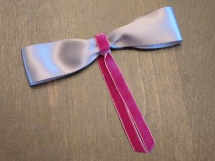 Classic hair bow