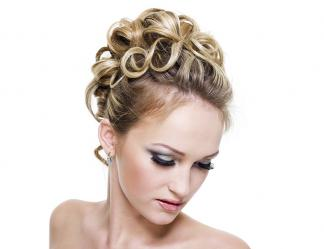 Up-do roller set style