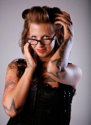 Image of woman with rockabilly hairstyle