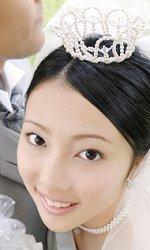 Bride wearing crown-style tiara