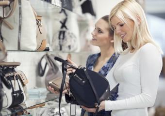 Designer Replica Handbags: Styles & Where to Buy
