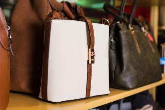 How to Find Previously Owned Designer Handbags