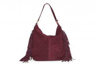 https://cf.ltkcdn.net/handbags/images/slide/250452-850x567-26_Burgundy_Hobo_Fringe_Bag.jpg