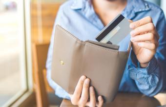 Best Organizer Wallet Styles for Women