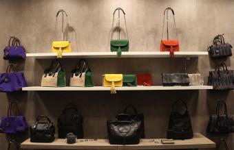 Le Tanneur handbags