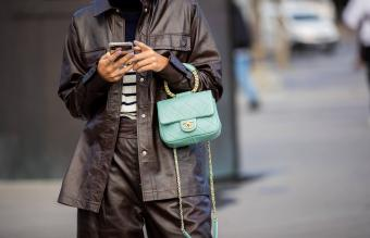 13 Top Turquoise Handbags to Refresh Your Style