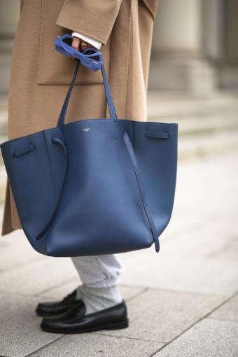 Elise Soho with blue Celine bag