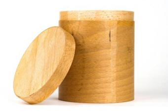 round cigar box