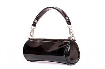 https://cf.ltkcdn.net/handbags/images/slide/38695-637x424-Black-Patent-Round-119.jpg