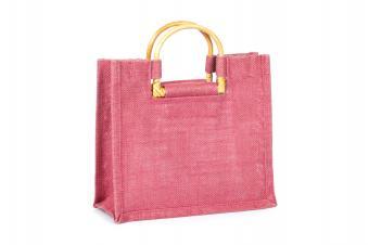 https://cf.ltkcdn.net/handbags/images/slide/38734-849x565-Beach-bag-3.jpg