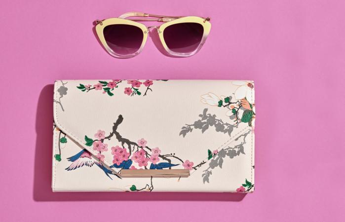 Handbag with cherry blossom design