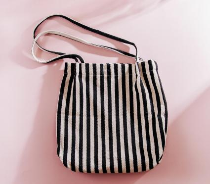 Striped cloth shopping bags