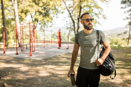 Man carry a bro bag