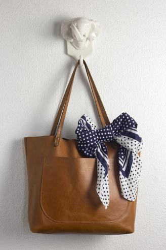 Purse With Bow Wrap Scarf