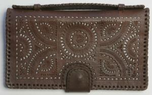 Dehlia Clutch/Wallet in Chocolate from Blumera