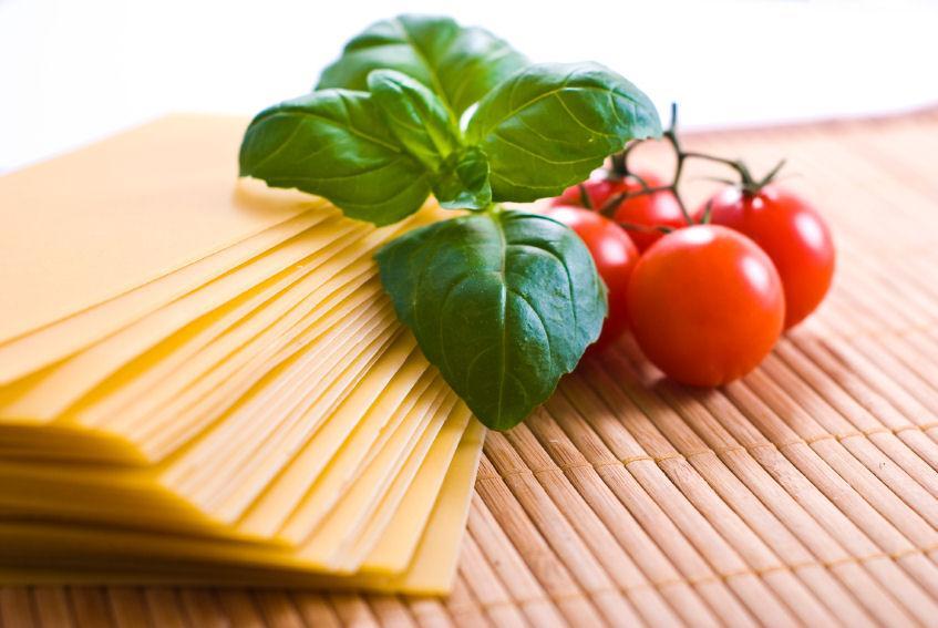 https://cf.ltkcdn.net/herbs/images/slide/123827-847x567-cookingherbs2.jpg
