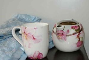 Is Herbal Tea to Increase Breast Milk Safe