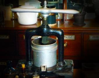 Herb Tincture Press