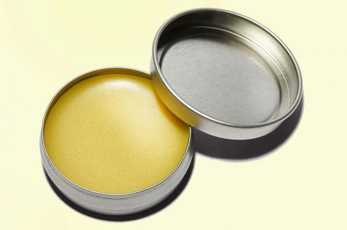 devil's club salve in round tin