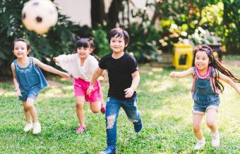10 Ways to Socialize Your Homeschooler