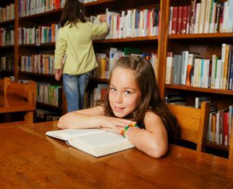 https://cf.ltkcdn.net/home-school/images/slide/74958-769x624-Library-Books.jpg
