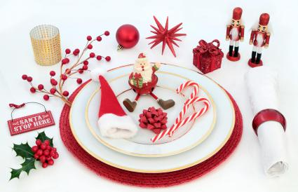Christmas Dinner Fun Table Setting