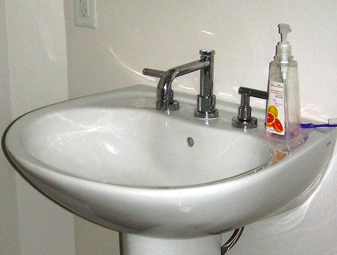 Replacing A Bathroom Sink Faucet Lovetoknow