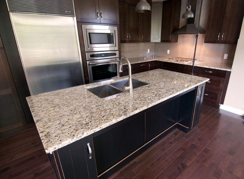 https://cf.ltkcdn.net/homeimprovement/images/slide/104628-808x594-granite3.jpg