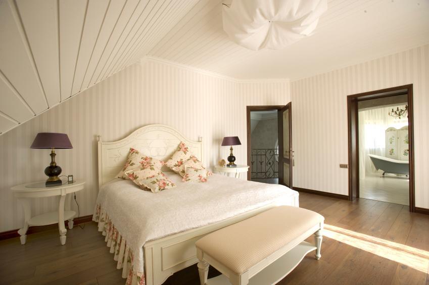 https://cf.ltkcdn.net/homeimprovement/images/slide/170970-849x565-attic-bed-and-bath-suite.jpg