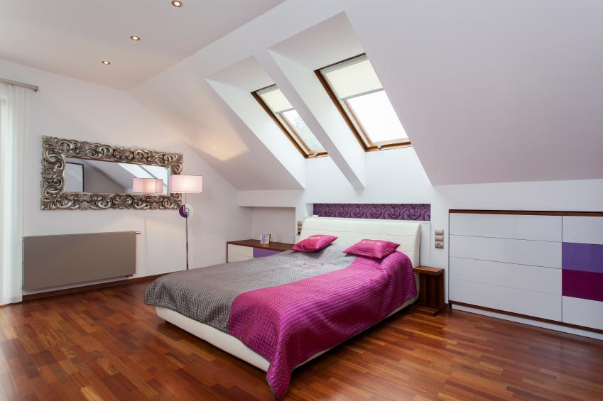 https://cf.ltkcdn.net/homeimprovement/images/slide/170975-849x565-attic-purple-bedroom.jpg