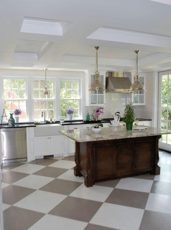https://cf.ltkcdn.net/homeimprovement/images/slide/185871-546x732-Sunny-Goode-Checkerboard-Floor.jpg