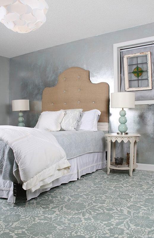 https://cf.ltkcdn.net/homeimprovement/images/slide/185874-519x800-stenciled-painted-floor.jpg