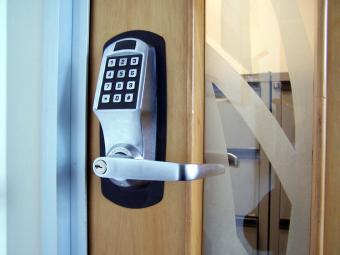Selecting Digital Door Locks